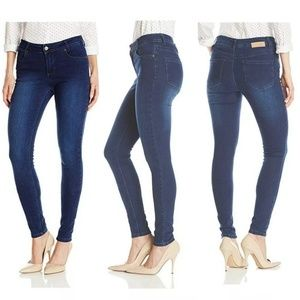 Lola Jeans Celina 9-Inch Mid rise Knitted Skinny